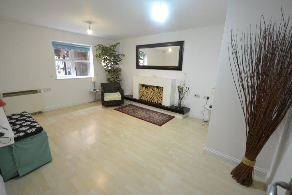 2 Bedrooms Property